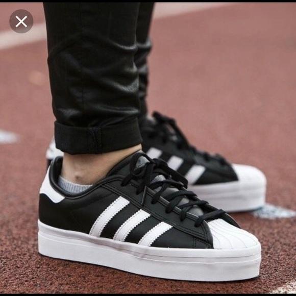 adidas superstar rize black white
